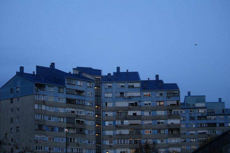 stanovanja, bloki, nepremičnine