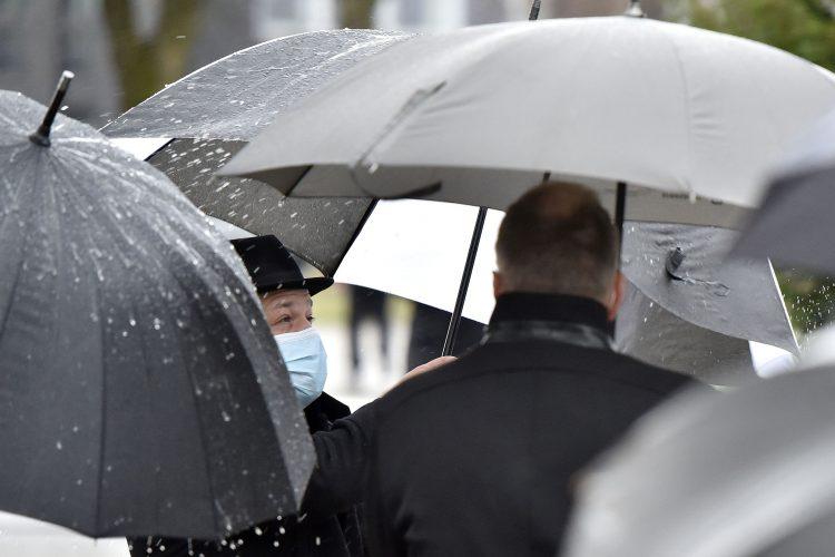 Deževno na Žalah
