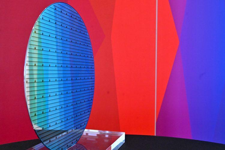 polprevodniki, računalniški čipi, bosch