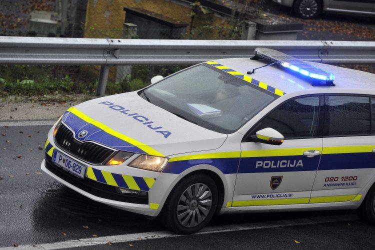 Policijski avto