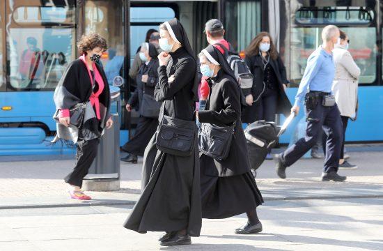 Delta: zaščitne maske