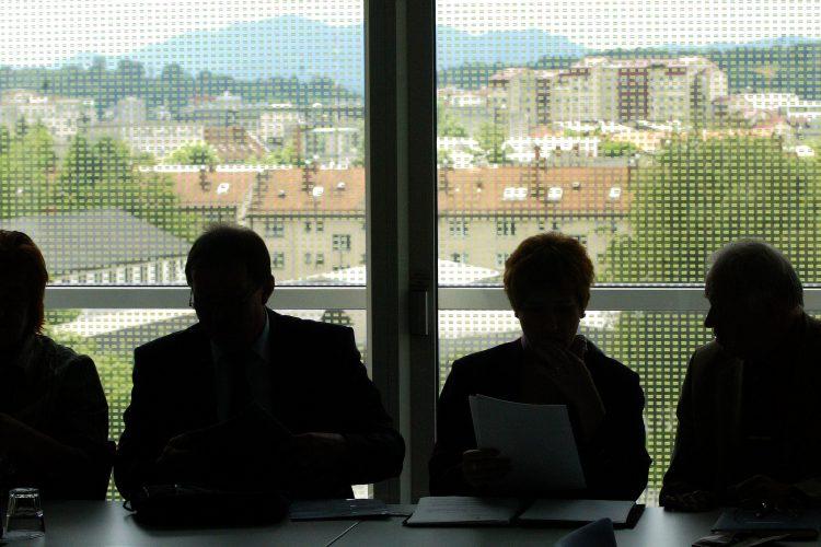 Uradniki, javni sektor, Ljubljana