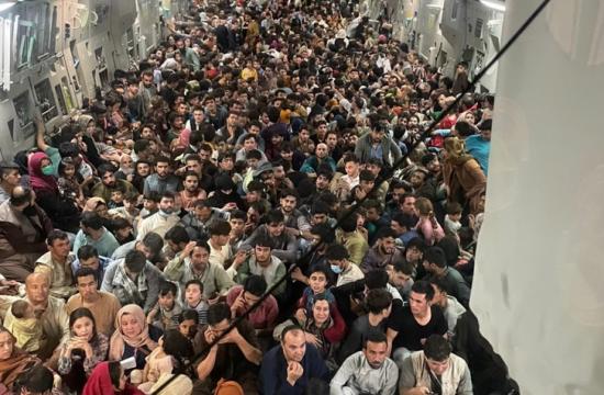 Gneča na letalu v Afganistanu
