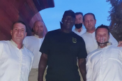 Michael Jordan v restavraciji Gariful