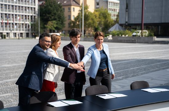 podpis predvolilnega sodelovanja