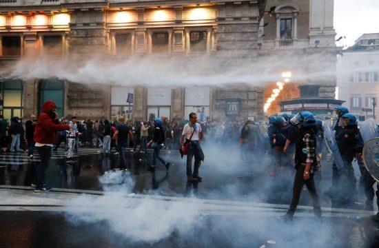 Rim: protest proti širitvi pogoja PCT