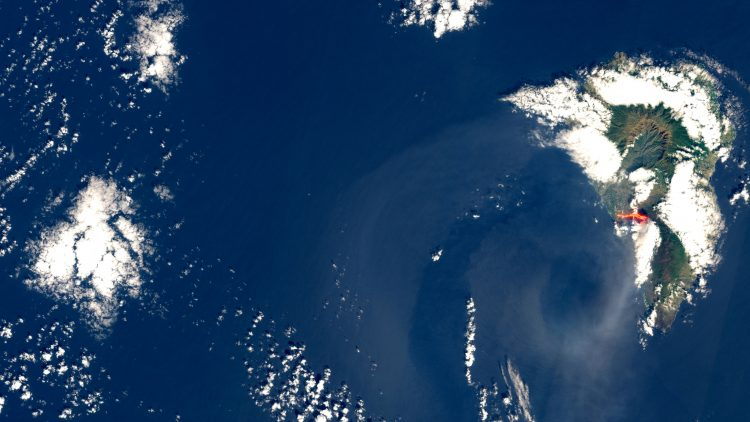Bruhanje vulkana La Palma
