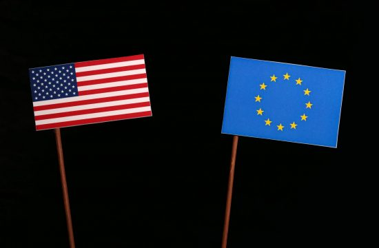 ZDA in EU zastava